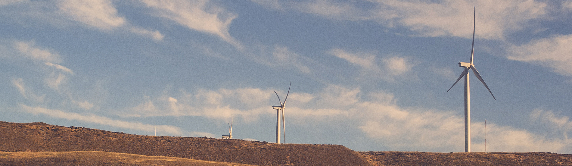 """<a href=""""http://apieram.pt/"""">Energia Eólica</a><br/><p>"""